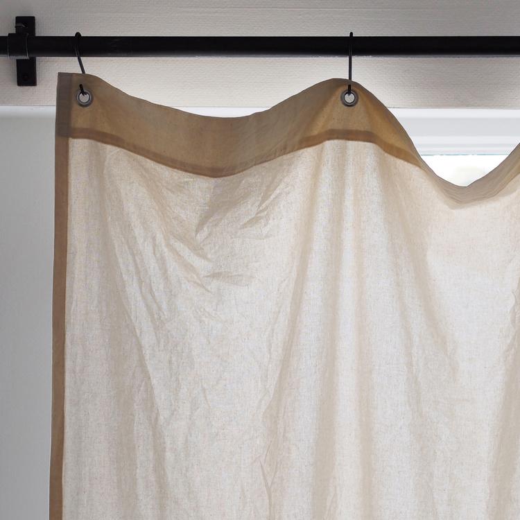 シーチングカーテン ハトメ スタイル